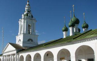 Церковь во имя всемилостивого спаса в гостинном дворе, россия, город кострома