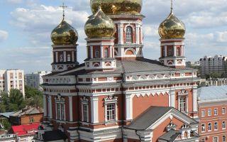 Храм покрова божией матери (саратов), россия, город саратов