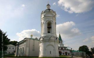 Храм-звонница святого георгия в коломенском, россия, город москва, парк «коломенское»