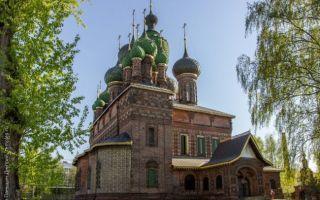 Храм усекновения главы иоанна предтечи в толчкове (ярославль), россия, город ярославль