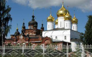 Икона божией матери феодоровская, россия, город кострома, богоявленский собор богоявленско-анастасьина монастыря