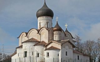 Храм святителя василия на горке, россия, город псков
