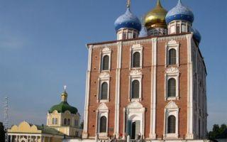 Успенский кафедральный собор рязани, россия, город рязань